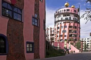 Дом Хундертвассера в Германии