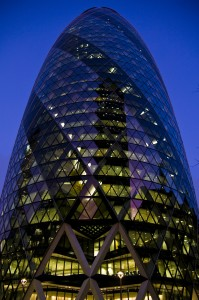 "Лондонский ""корнишон"" the swiss re tower"