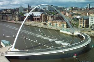 Поворотный мост в Англии