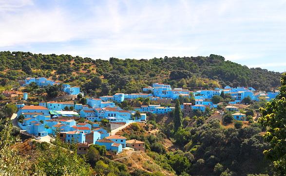 деревня смурфиков в Испании