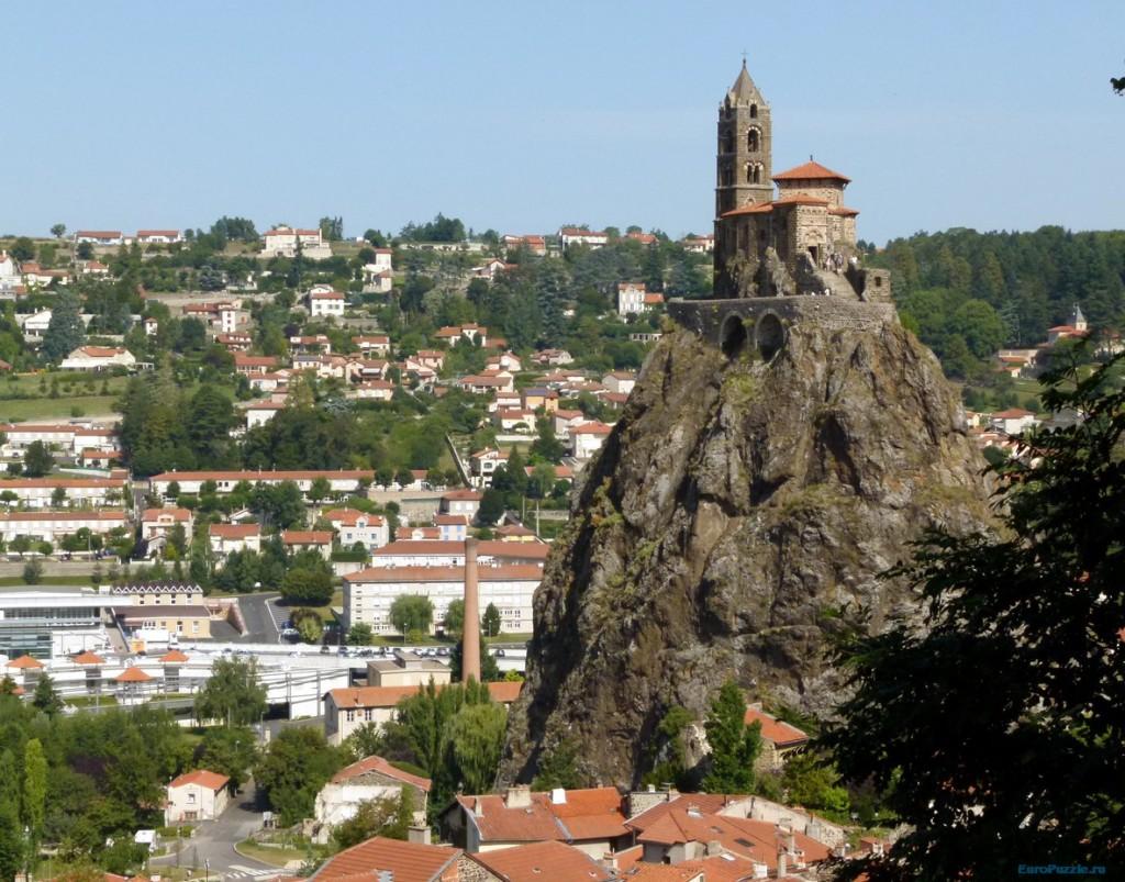 интересные места город Ле-Пюи-де-Вале центральная Франция
