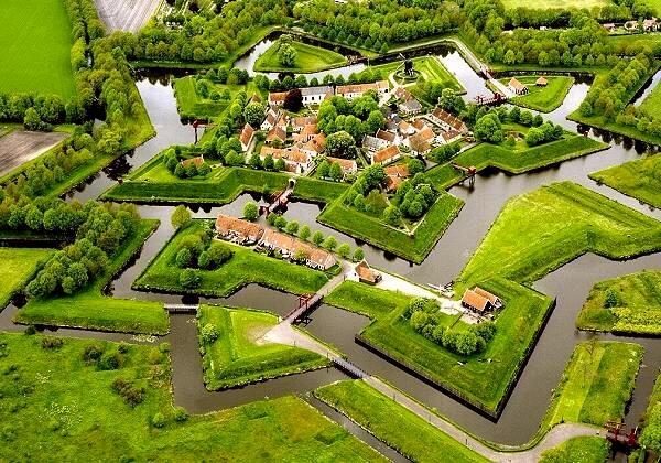 крепость-звезда Bourtange