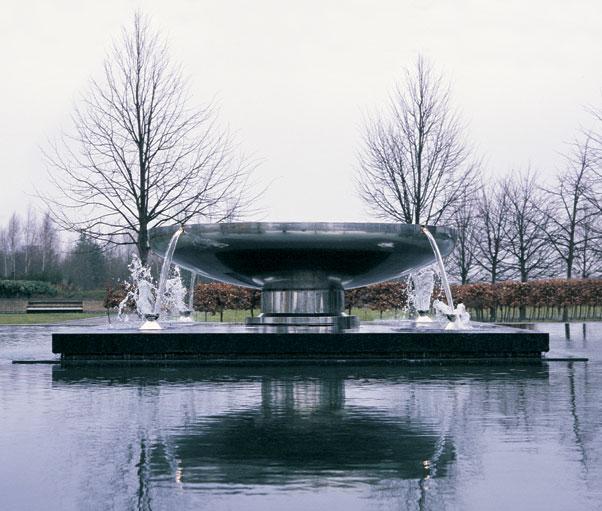 William Pye - великий скульптор воды
