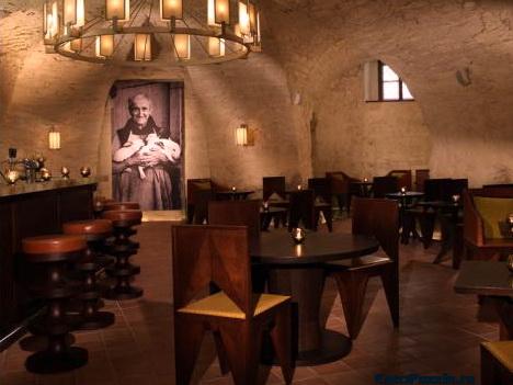 Монастырская пивная в Праге