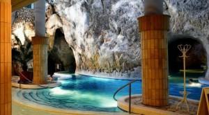 Пещерная купальня Мишкольц-Тапольца, Венгрия