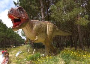 Парк динозавров в Португалии Dino Parque Lourinhã